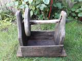 Sucala taraneasca romaneasca din lemn