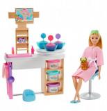 Set de joaca Barbie - O zi la salonul spa, Mattel