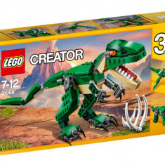Cumpara ieftin Dinozauri puternici (31058)