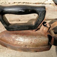 Fier de călcat vechi romanesc 1968