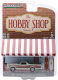 Cumpara ieftin Macheta Greenlight, The Hobby Shop Series 8 - 1973 Ford Ranchero Squire with Surfboards Solid Pack 1:64