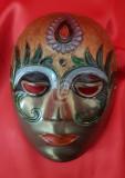 Masca venetiana din alama, pictata, 14 cm