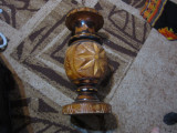 vaza mare din lemn dim 47 cm atentie are 2 crapaturi