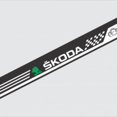 Sticker Parasolar Skoda (126 x 16cm)
