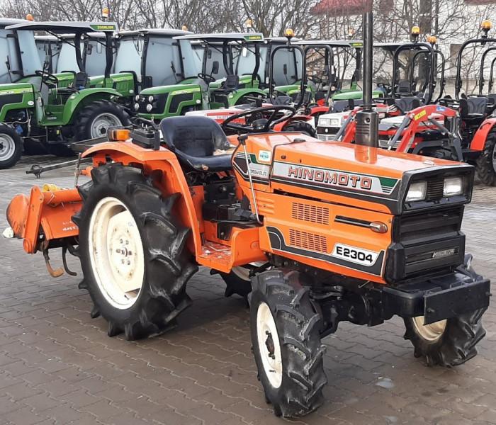 HINOMOTO E2304 Tractor japonez 23CP ; 4x4