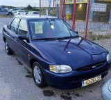 Ford escort, Benzina, Hatchback