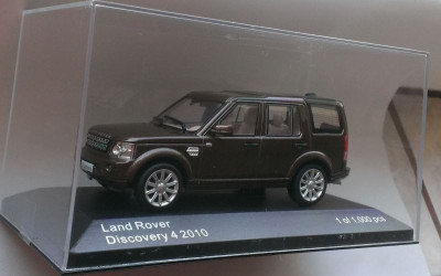 Macheta Land Rover Range Rover Discovery 2010 - Whitebox 1/43 foto