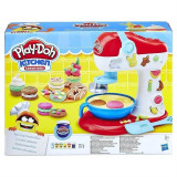 Set Hasbro Play-Doh Kitchen Creations Spinning Treats Mixer