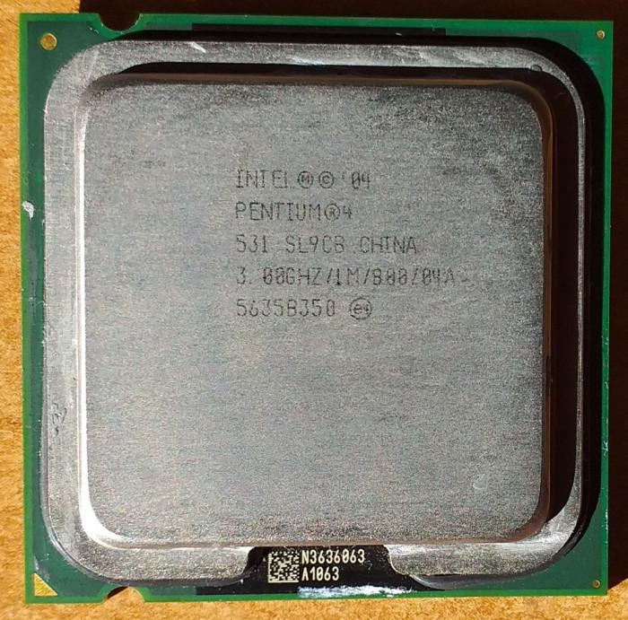 INTEL Pentium 4  (531) 3 GHz / 800 MHz