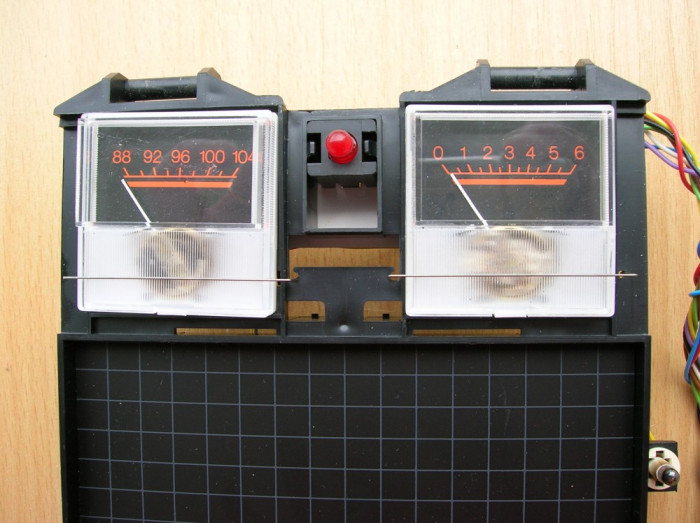 set indicatoare radio tuning