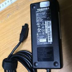 Alimentator Toshiba Satellite PA3507E-1AC3 15V 8A #61346GAB