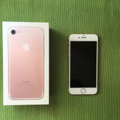 Vând iphone 7 Rose 128gb
