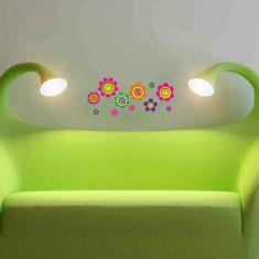 Sticker decorativ de perete Graffiti, 258GRF1079, Multicolor