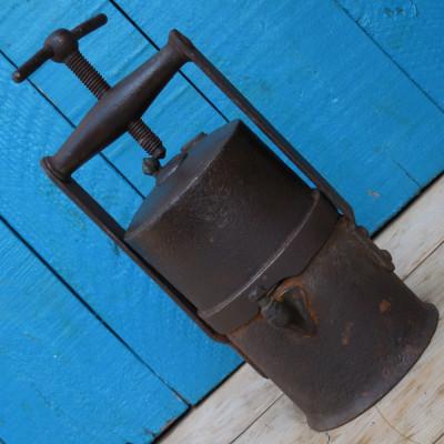 DEOSEBITA SI RARA! LAMPA DE MINA / MINER PE CARBID - FACUTA DIN FIER - ANII 1800 foto
