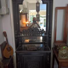 oglinda veche cu rama lemn