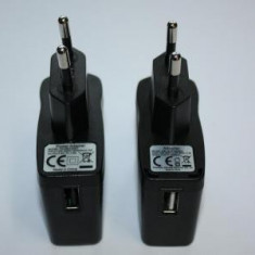 Incarcator adaptor priza USB  5V , 1A   Original