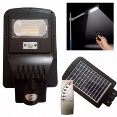 LICHIDARE STOC! LAMPA SOLARA EXTERIOR 20 WATT,SENZORI,PANOU SOLAR,ACUMULATORI.