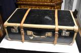 Valiza / Geamantan / Cufar vechi de calatorie - carton cu metal si piele c. 1930