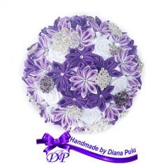Buchet mireasa din flori satinate Handmade by Diana Puiu BNMS 31 mov-lila-alb