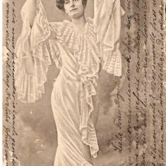 Carte Postala reprezentând pe Szelestey Elza, Circulata, Printata
