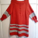 Vand tricotaje hand made, Din imagine