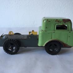 Camion tabla CISTERNA PECO - I.U.P.S. 9 MAI LUGOJ, jucarie romaneasca veche