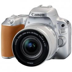 Aparat foto DSLR Canon EOS 200D, 24.2 MP, Wi-Fi, Argintiu + Obiectiv EF-S 18-55mm, f/3.5-5.6 IS SL