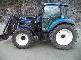 TRACTOR : New Holland t4.105