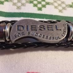 Bratara gen Diesel 21 cm, unisex , piele si metal