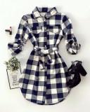Cumpara ieftin Rochie ieftina casual stil camasa bleumarin cu alb cu carouri si cordon in talie