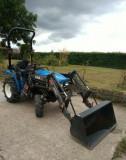 Tractor New Holland T-tC211D + Incărcător frontal