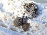 MEDALIOANE argint FECIOARA MARIA cu PRUNCUL cu LOCAS FOTOGRAFII pe Lant argint