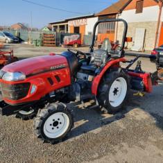 Tractor YANMAR EG 225