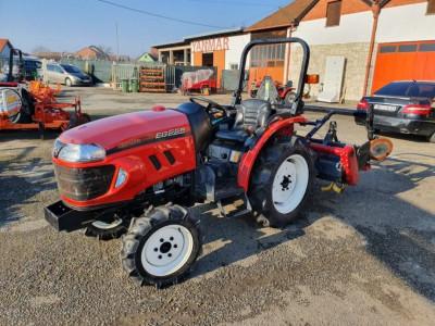 Tractor YANMAR EG 225 foto
