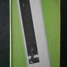 MIHAI IONESCU - FOTBAL DE LA A LA Z. FOTBALUL MONDIAL DE-A LUNGUL ANILOR (1984)