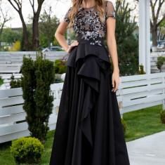 Rochie LaDonna lunga neagra cu dantela la bust si fusta din tafta