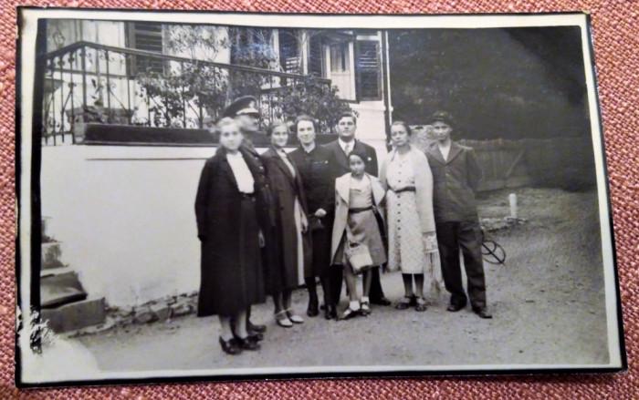 Poza de grup la Zizin - Fotografie tip carte postala datata 1938