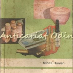 Produse Cosmetice Si Folosirea Lor - Mihail Hunian