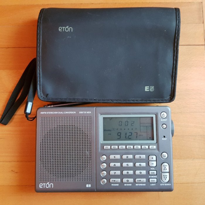 Radio portabil  radio eton E5 RADIO SSB