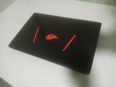 laptop gaming asus rog foto