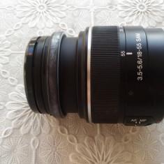 Obiectiv kit Sony 18-55