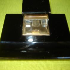 Calimara veche din sticla