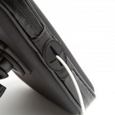 Husa Telefon pentru Biciclete cu Suprafata Tactila Impermeabila pentru Telefoane Maxim 5,5 inch