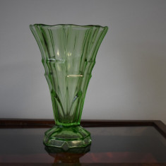 Vaza inalta din sticla verde - Art Deco cca. 1920