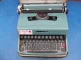 masina de scris portabila Olivetti Lettera 32