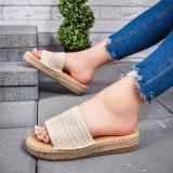 Papuci dama bej Delicia