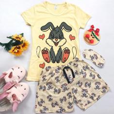 Pijama dama ieftina bumbac scurta cu pantaloni galbeni si tricou galben cu imprimeu Love Bunny