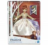 Cumpara ieftin Frozen 2 - Papusa Anna Fashion