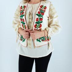 Vesta brodata cu model traditional Cerasela