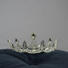Coronita Mireasa Argintie cu pietricele